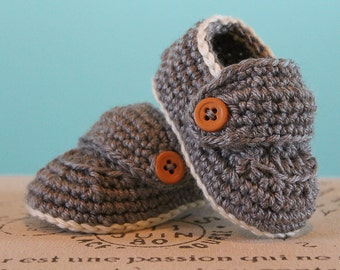 CROCHET PATTERN PDF - Crochet Baby Boy Booties - Boy Loafers - Permission to Sell Finished Items - Instant Download
