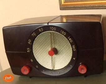 Restored 1949 Motorola Model 6X11U Radio