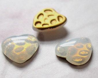 15 pcs. vintage glass faux fire opal foiled heart shaped cabochons 10x9mm - f5302