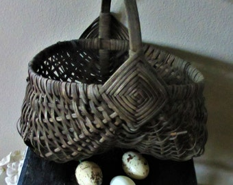 Buttocks basket woven split willow rustic vintage