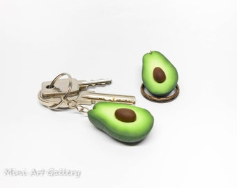 Avocado keychain / key ring miniature food jewelry, kawaii fake foodie fruit / green / polymer clay handmade