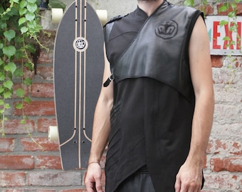 BLACK VEST ASSIMETRIC