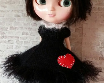 """PDF knitting pattern for Lucky Black Kitty dress and headband for 12"""" Blythe"""