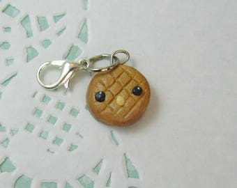 Peanut butter cookie charm - polymer clay charms - clay charm - polymer clay jewelry - stitch markers - dessert jewelry - clay cookie charm