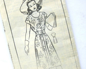 1940s Vintage Dress Pattern - Mail Order  8590 - Flared Skirt Frock with Scalloped Bodice Detail and Sewn in Belt  / Size 14
