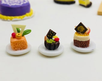 3 pieces Miniature Mini Cake, Miniature Cake for Doll's house collection