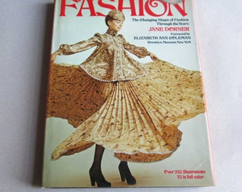 Fashion Jane Dorner The Changing Shape of Fashion Through The Years, 1974