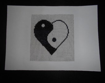 "Large embroidered map ""Ying yang heart"""