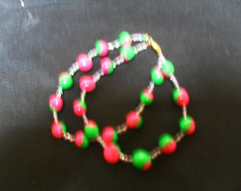 colorful and original bracelet pink and green