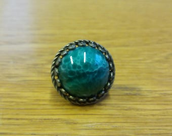 Vintage Green Stone Ring - Mineral Ore - Hygge Nordic Celtic Piece - Chic Boho Winter