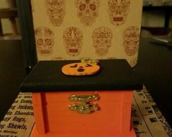 Pumpkin trinket box