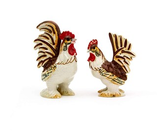 Kitschy Set of Ceramic Rooster Salt and Pepper Shakers