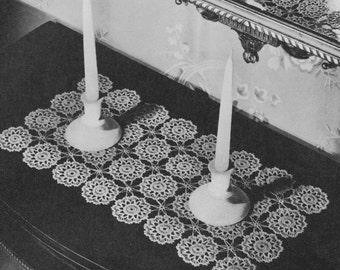 Magnolia Gardens vintage table runner pattern