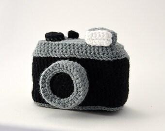 Photo Camera Crochet Pattern - Vintage Lomography Style Camera - Inspired by old vintage Cameras - Amigurumi - CROCHET PATTERN No.70