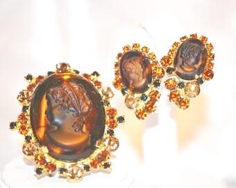 Vintage DeLizza Elster Juliana Tortoise Shell Cameo Brooch Earrings Set