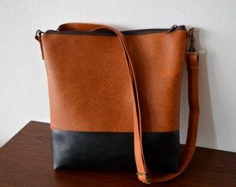 Shoulder bag / Crossbody purse / Brown-Black faux leather bag