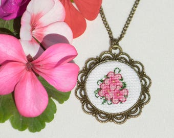 Hand Embroidered Floral Pendant Pink Necklace