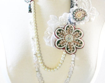 Maharani II /// a versatile Flapper Necklace by Jhumki luxe - designs by raindrops