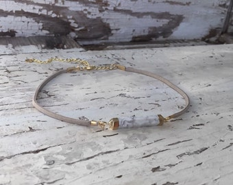 White Marble Bar with Gray Leather Choker Necklace
