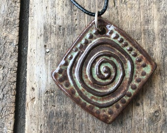 Necklace - Swirl - Mint Chip