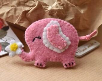 Elephant Brooch, Pink Elephant, Felt Brooch, Animal brooch, Elephant Pin, Felt Elephant, Elephant Jewellery, Felt Elephant