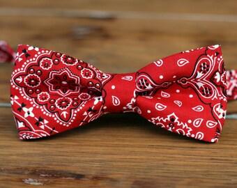 Mens Red Bandanna Bow Tie - Red Bandana print cotton bowtie,  pre-tied bow tie for men and teen boys, rustic bow tie, cowboy tie, wedding