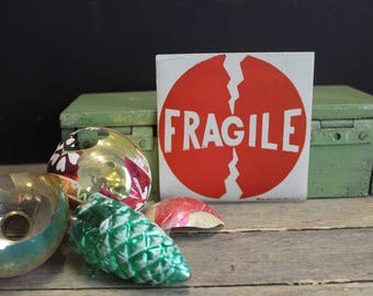55 Vintage Very Cool Fragile Labels // Gummed Labels // Red and White