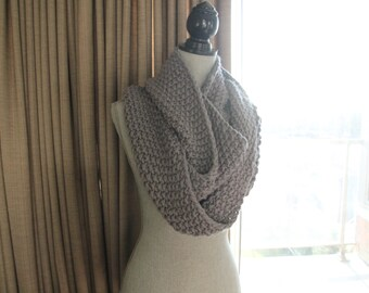 Handknit Chunky Wool Infinity Scarf Grey