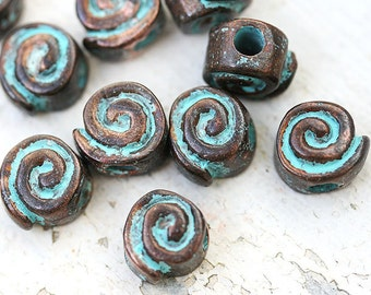 Greek spiral beads, Rustic patina on copper, mykonos, for leather cord, round beads, metal spirals, snail, 10x6mm - 4Pc - F339