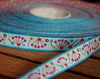 Ruban,ruban fantaisie,ruban motif   fleur bleu ciel    farbenmix 15mm au metre