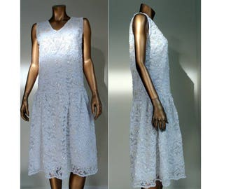 White beaded lace 1920s flapper, Gatsby, Miss Fisher, Downton Abbey dress MED