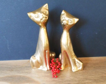 "Vintage Brass Cat Figurine, Great Cat Lover Gift, Brass Animals, Brass Figurine, Pair of Brass Cats, /6"" & 5.5"" Tall/"