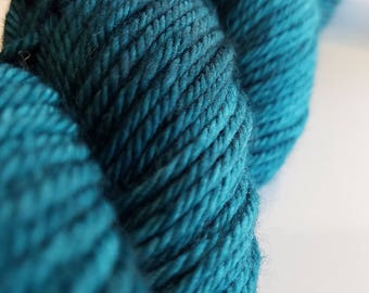 Backyard Fiberworks - Field - Worsted - Superwash Merino Wool - Marine - Teal - Hand-dyed - Tonal - Yarn - Knitting - Crocheting