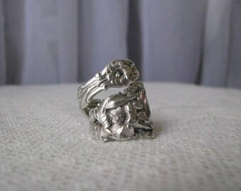 "Sterling Spoon Ring - Spoon Jewelry - Silverware Jewelry, floral ring, sterling ring, flowers,""Lily"" - by Whiting, 1902 - Highly Collectible"