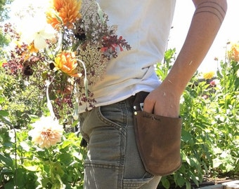 Farmer Florist Rubber Band Pouch