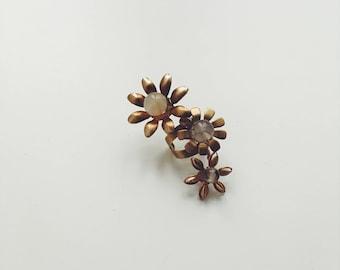Mini wildflower ear cuff, #1510