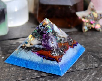 Orgonite® - Orgonite® Pyramid - Love and Protection - Handmade - Orgone Generator® - Art - Crystals - Gift - EMF Protection - HoodXHippie