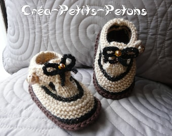 Knitting theme Dulce baby booties