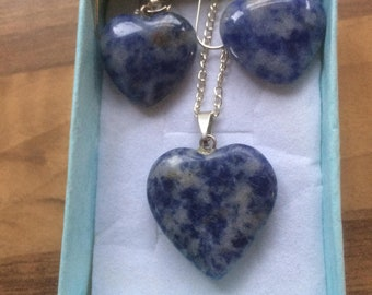 Blue marl agate stone loveheart necklace with matching earrings