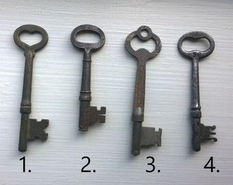 Unique Antique Skeleton Key Necklace