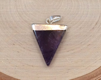 Amethyst Triangle Pendant, Triangle Pendant, Purple Triangle Pendants, Polished Charms, Natural Stone Pendants, Silver Plated, PS0305