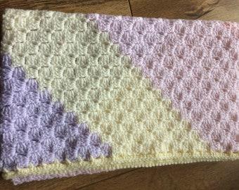 Sparkle yarn crochet baby blanket