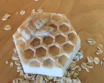 Oatmeal Honey Bee Soap Bar