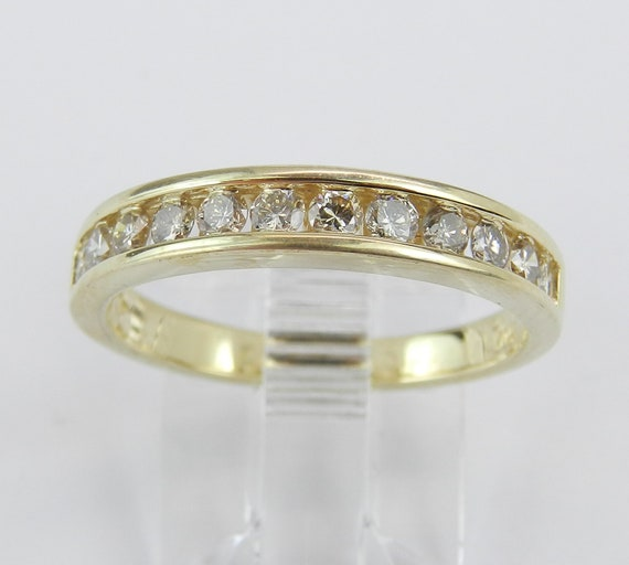 Diamond Wedding Ring Anniversary Band 14K Yellow Gold Stackable Size 7