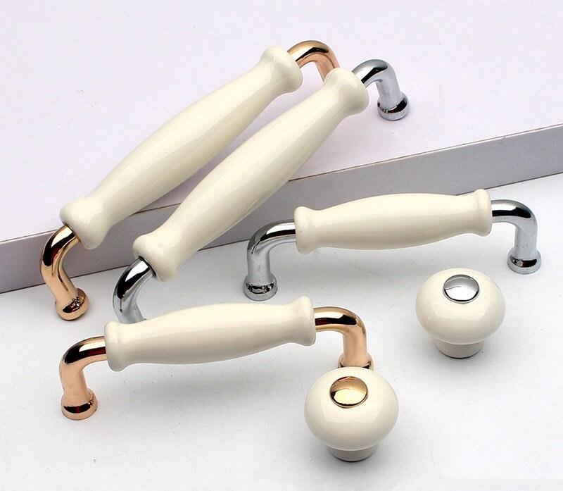 Weiße Keramik Kommode Knöpfe zieht Schublade ziehen Griffe