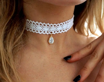Victorian White Lace Choker w/ Vintage Crystal