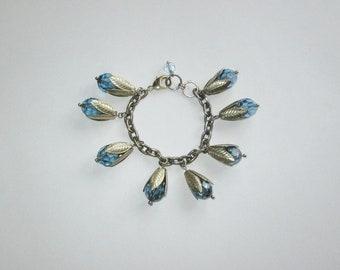 Vintage 1950s 1960s Rose Bracelet / 50s 60s Blue Rose Rosebud Bracelet