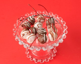 Chocolate Covered Cherries for Valentine's Day – 1 Dozen – Cherries Come Packaged as a Valentine's Gift