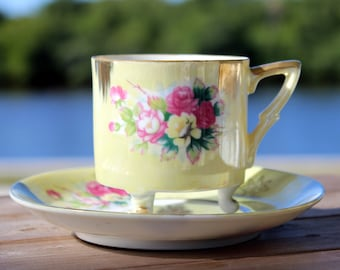 Iridescent Teacup, Cup and Saucer, Pearlized Teacup, Tri Footed, Unmarked Japanese Tea 13851
