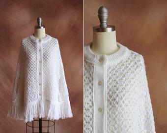 boho blanc de Vintage 1970 bonneterie fringe Cap pull poncho / taille des os